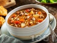 Телешка чорба (супа) картофи, грах от буркан и кока кола